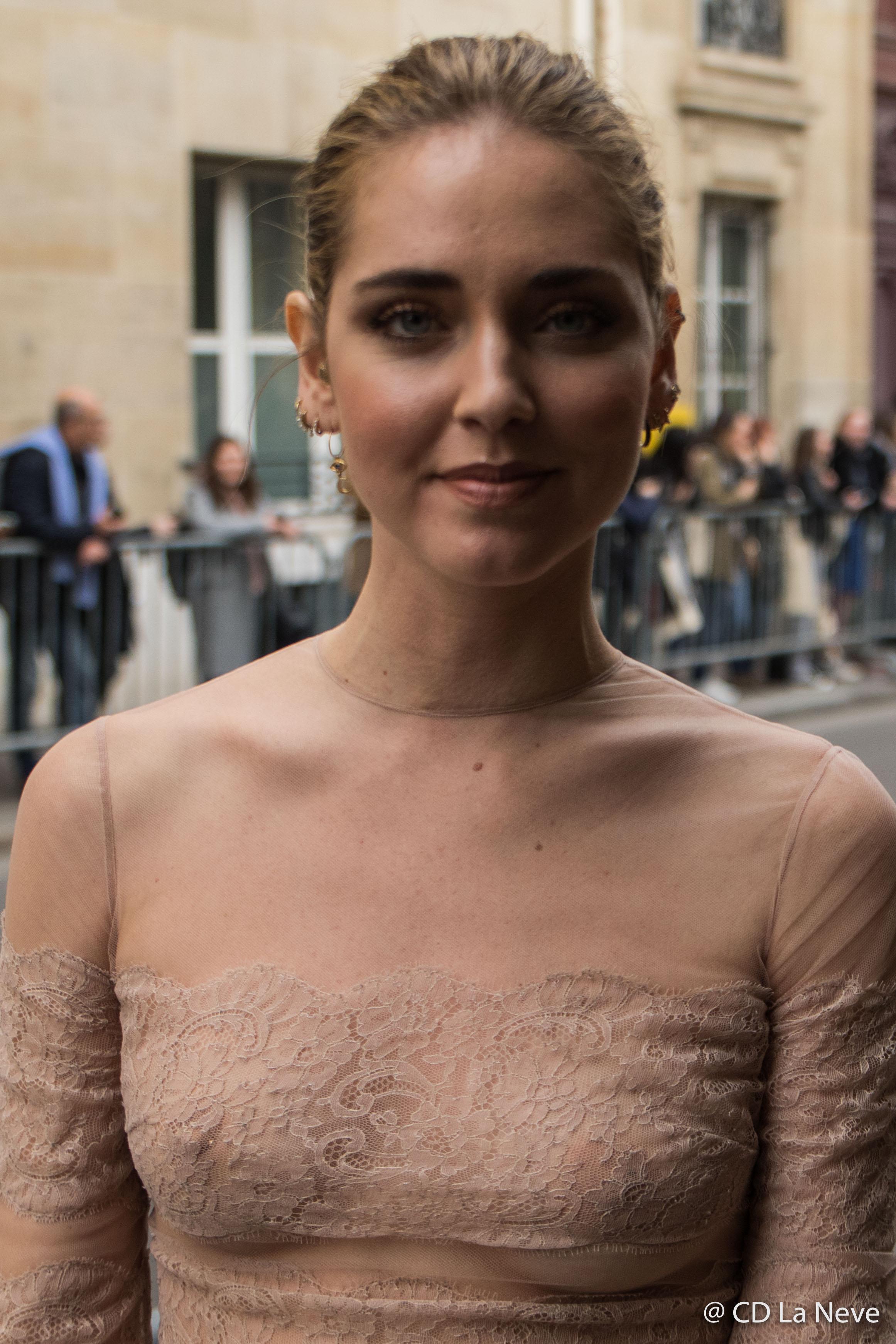 Chiara Ferragni Street Style Dior Paris Fashion Week FW17