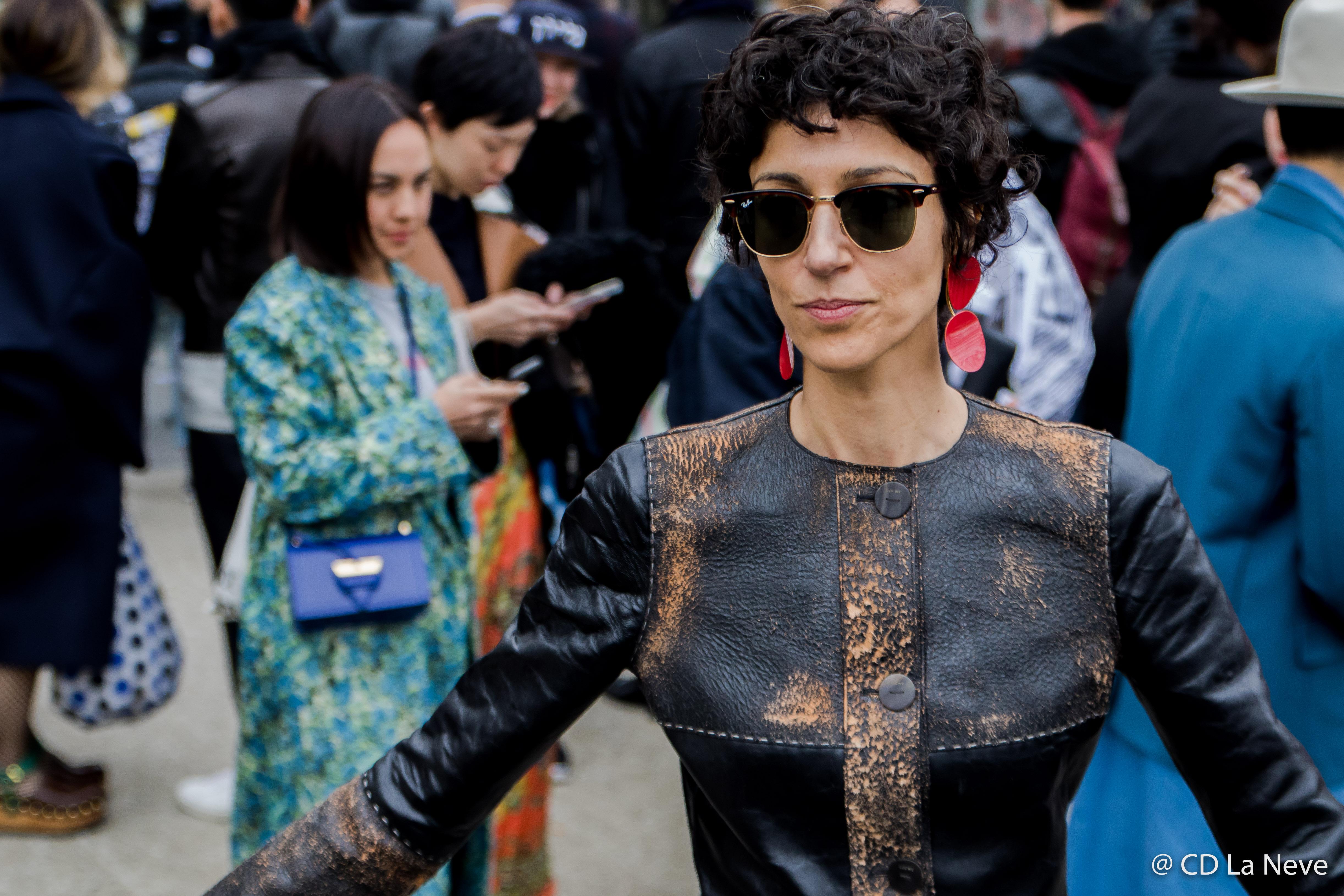 Yasmin Sewell Street Style Paris Fashion Week FW17