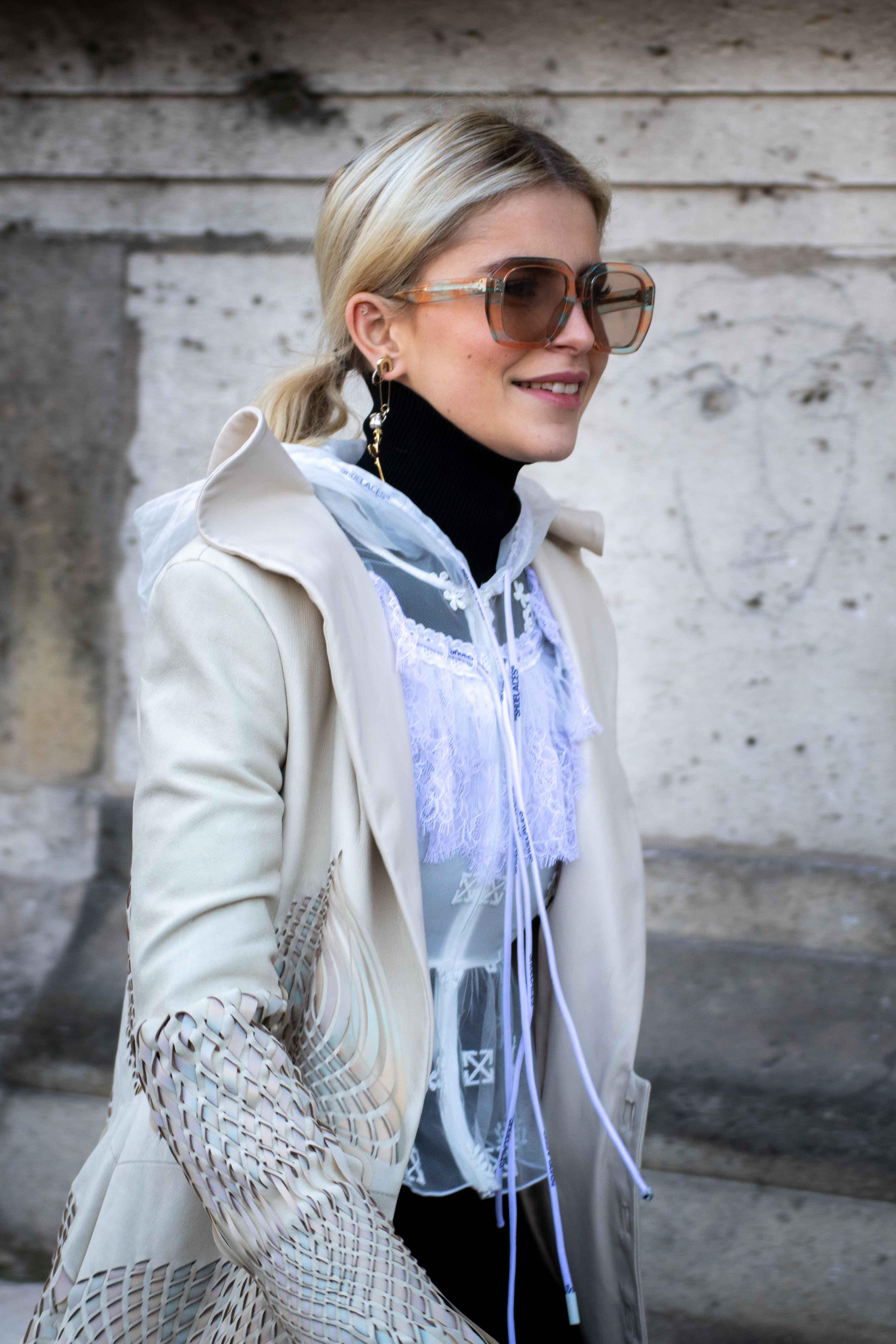 Caro Daur Street Style Paris Fashion Week Iris Van Herpen SS20