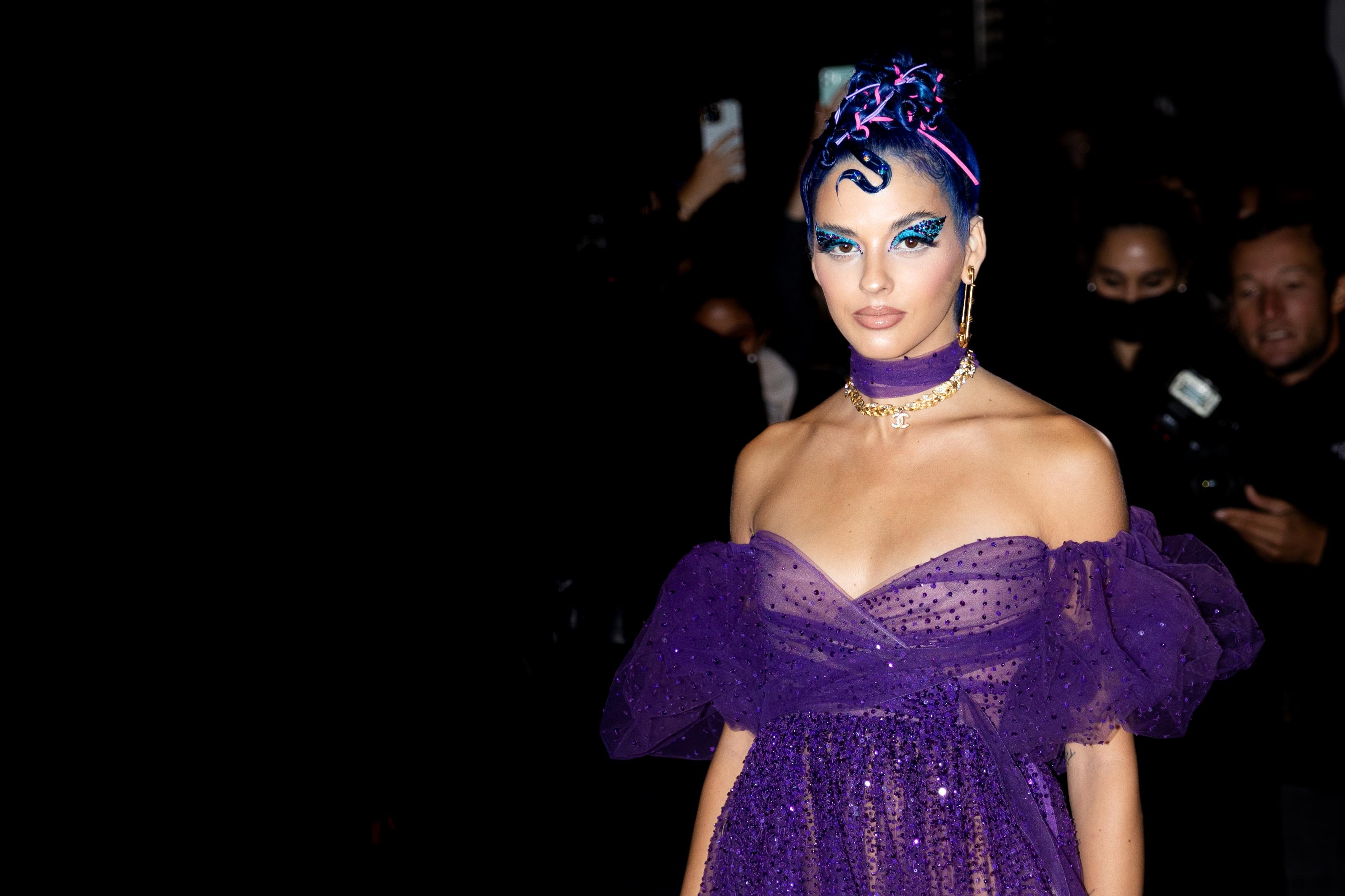 Sita Abellan Street Style Valentino SS22 Street Style Paris Fashion Week